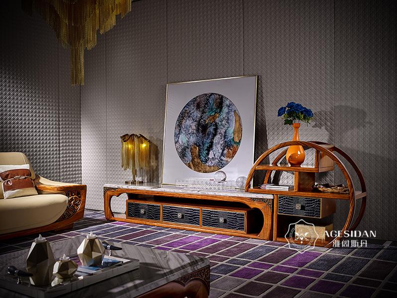 客厅电视高低柜造型