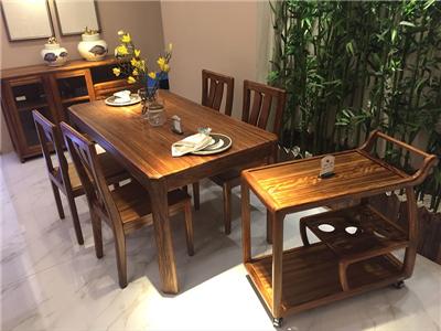 恒信华典臻木新中式餐厅实木餐桌椅