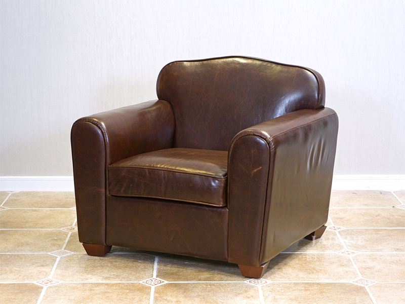 90空间家具·爵典家居 美式(简美)品质款客厅真皮咖啡色真皮单人位沙发