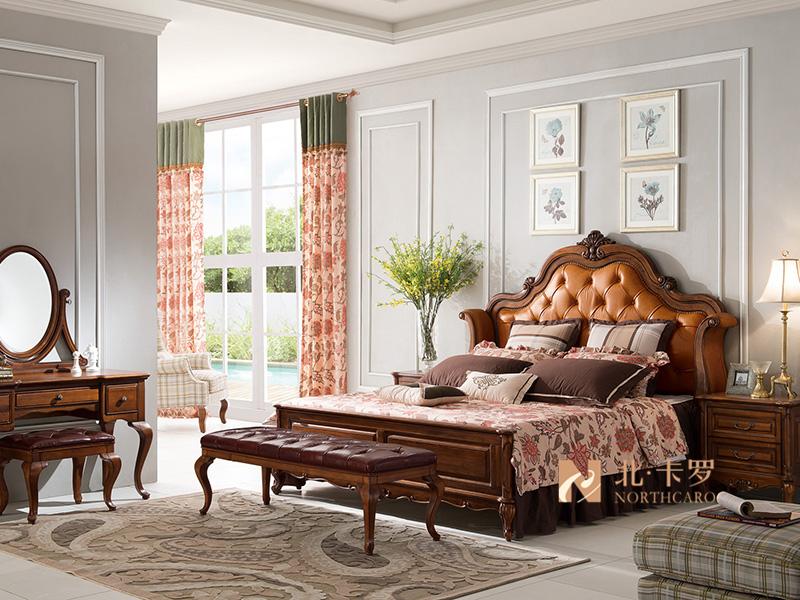 润达名-北卡罗家具美式卧室胡桃木实木双人大床 床尾凳 床头柜