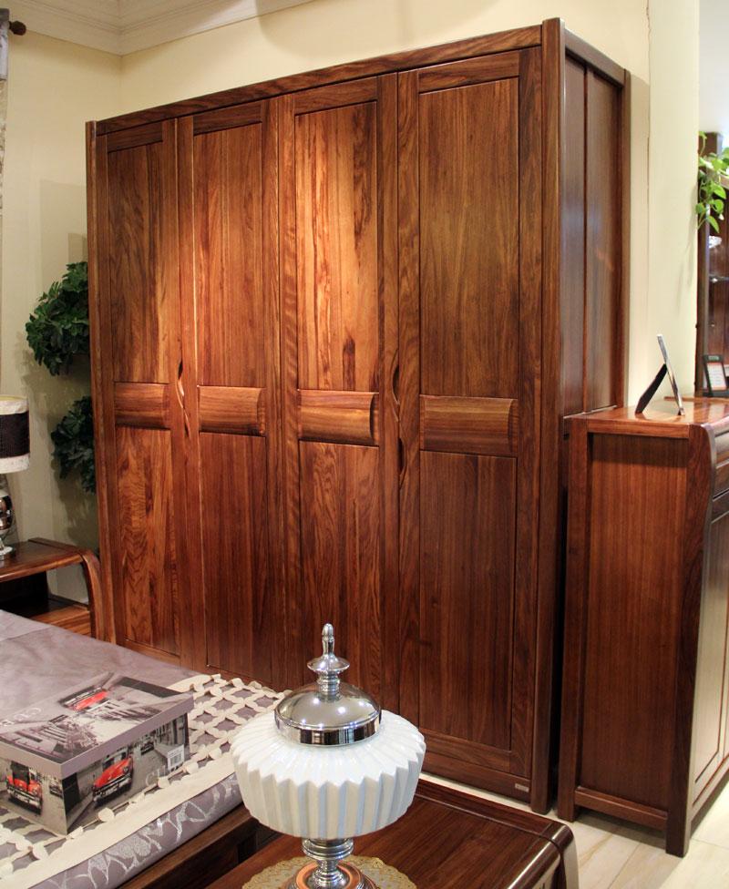 假日森林,100%现代实木家具,南京唯煌家具旗下高端实木品牌,假日森林定位于自然、唯美的现代主义风格,所有设计创意均源于对回归自然的人性化需求。专注于非洲加蓬进口乌金木原木家具的研发和制造,取材严谨,并全部选择具有美观纹理和光泽的一级乌金木,品质绝佳,尊贵绝伦。