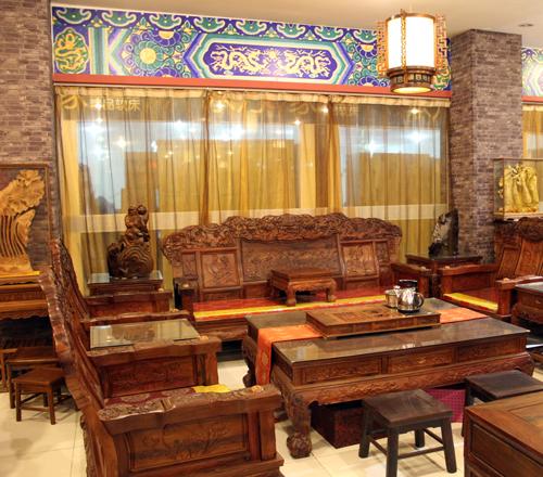 苏州蠡口家具城永发老红木家具品牌店铺地址位于江苏省苏州市相