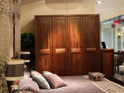 假日森林简约现代卧室四门衣柜