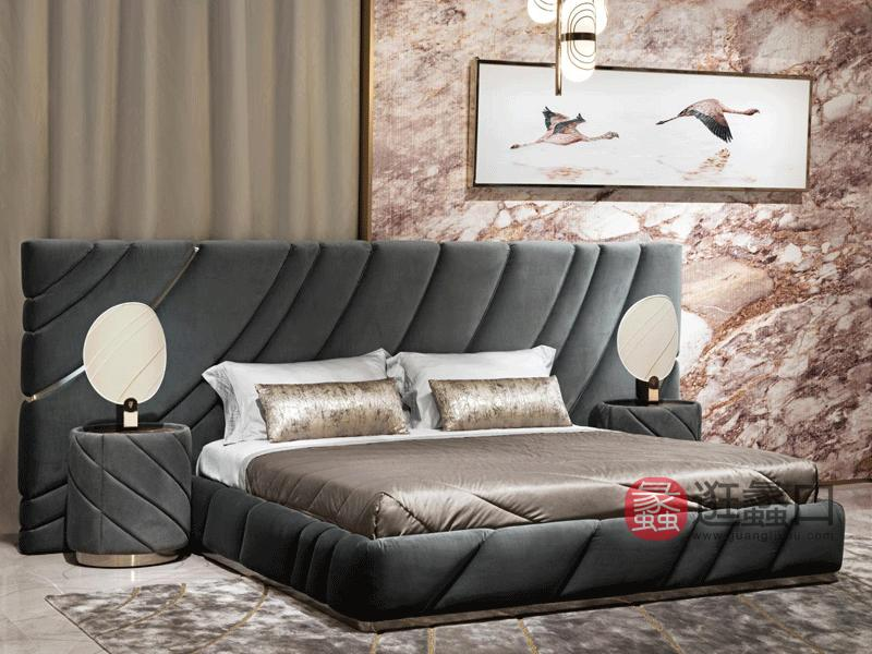 缇思微卡轻奢卧室床轻奢大床软体双人床金属装饰双人床TS009