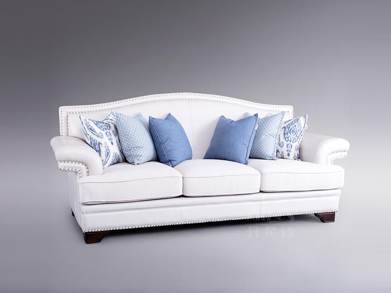 君诺家居·丹尼诗·莱克家具轻奢客厅实木桃花芯木三人位布艺沙发组合
