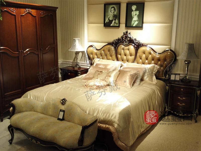 爵典家居·萨芬戴家具欧式(法式)卧室榉木双人雕花实木大床PZ10-23