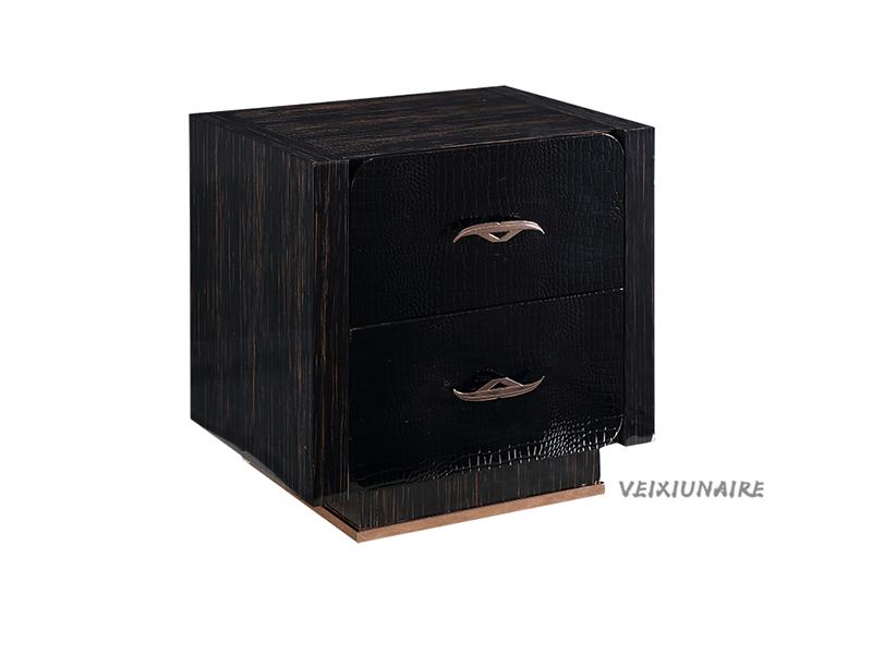 健辉家居·微秀娜家具 意大利风格轻奢卧室黑色1252床头柜