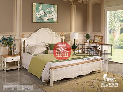 健辉家居·美伦卡家具香缇丽舍美式卧室白蜡木仿古白加原木色双人大床加床头柜和简单梳妆台